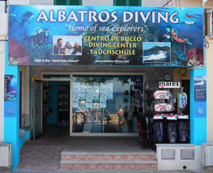 Albatros diving cala bona